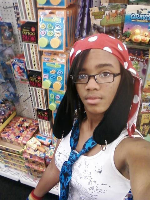 im_goofy_the_pirate_at_family_dollar_lol