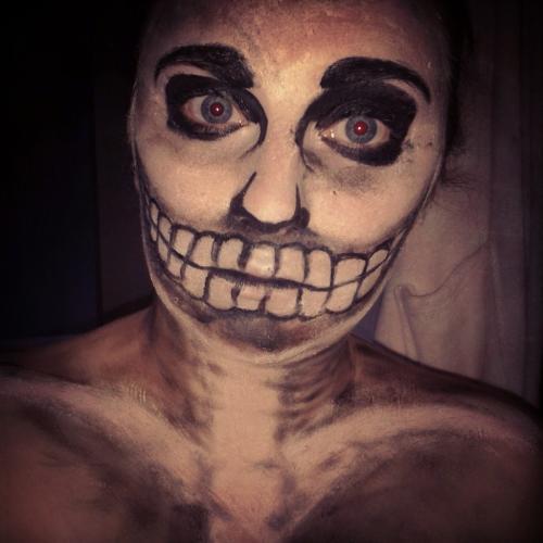 <img500*0:http://elfpack.com/stuff/skeleton....jpg?x=500&y=500>