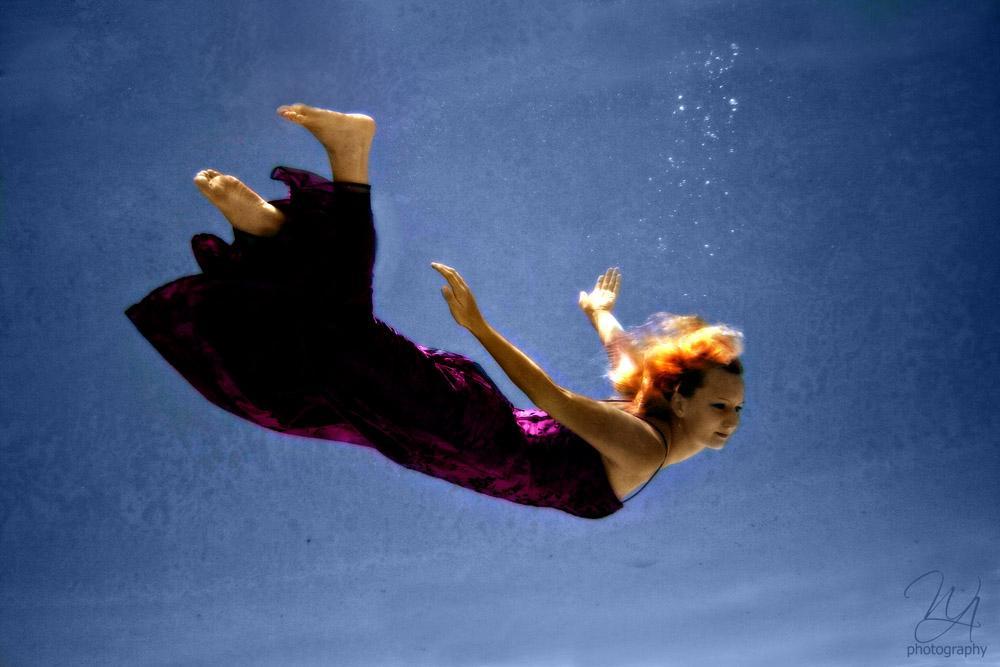 <img600*0:http://elfpack.com/stuff/underwatergoddess.jpg>